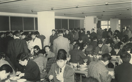 食堂(冬期)