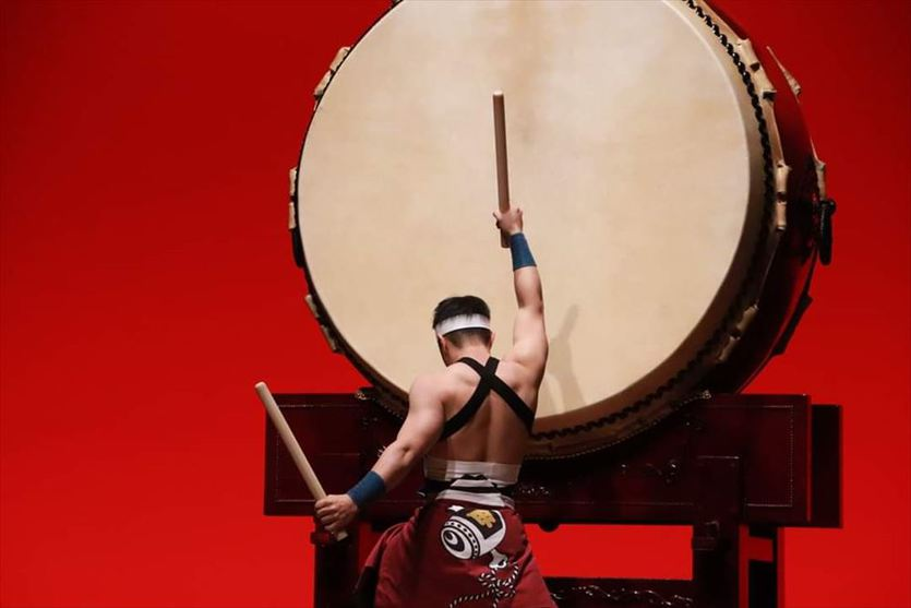 甲南大学和太鼓サークル甲の野田浩佑君(法・4)が大太鼓で日本一に!